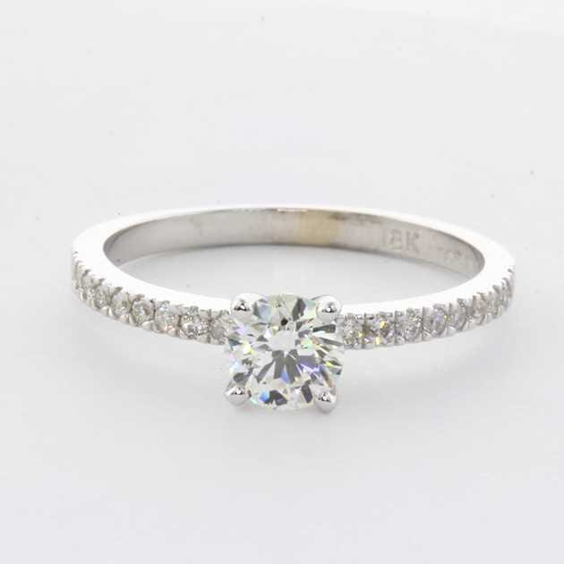 18K White Gold Pave Diamond Engagement Ring set with Round Diamond, 0.73 Carat