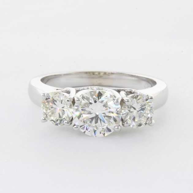 3 diamonds in white gold
