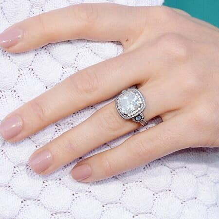 Jessica Biel Ring