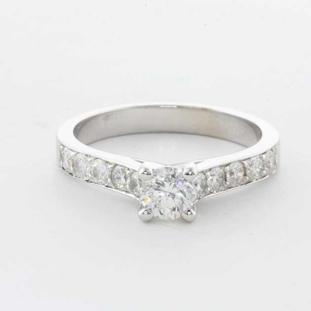 18K White Gold Set With 0.51 Carat Round Diamond E Colour SI1 Clarity EGL Certified