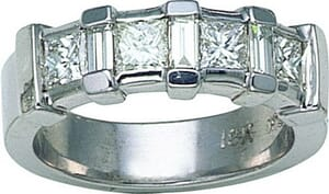 2562 - Diamond Wedding Ring 0.85 Carat, Set With Princess And Baguette Diamonds