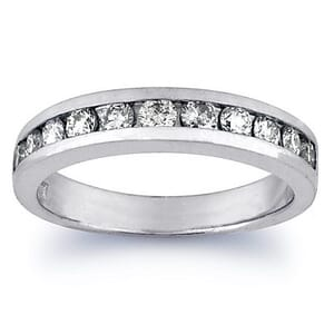 2852 - Diamond Ring Set With Round Brilliant Diamonds (0.7 Ct. Tw.)