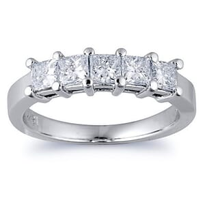 2892 - Diamond Ring Set With Princess Diamonds (1.00 Ct. Tw.)