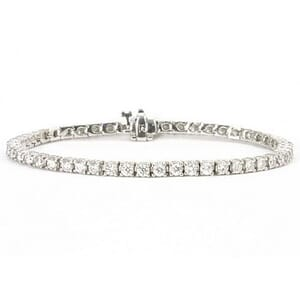 3302 - Diamond Bracelet 4.3 Carat, Set With Round Brilliant Diamonds