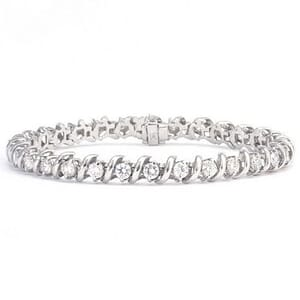 3322 - Diamond Bracelet 4.4 Carat, Set With Round Brilliant Diamonds