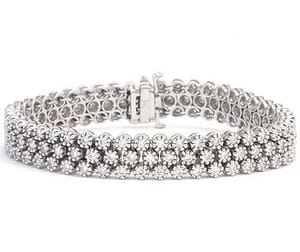 3352 - Diamond Bracelet 4.8 Carat, Set With Round Brilliant Diamonds