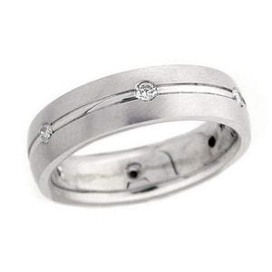 4427 - Diamond Wedding Ring 1/4 Carat, Set With Round Brilliant Diamonds