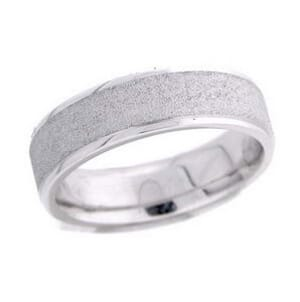 4532 - 6 Mm  Wedding Ring 9.4 Grams