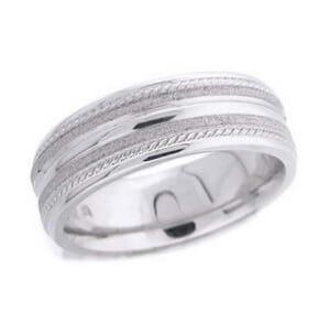 4647 - 7 Mm  Wedding Ring 11.5 Grams