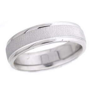 4772 - 6 Mm  Wedding Ring 9 Grams