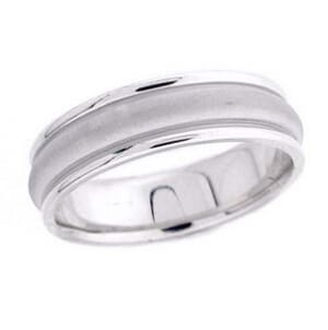 4777 - 6 Mm  Wedding Ring 7.4 Grams