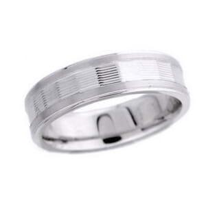 4792 - 7 Mm  Wedding Ring 8.2 Grams