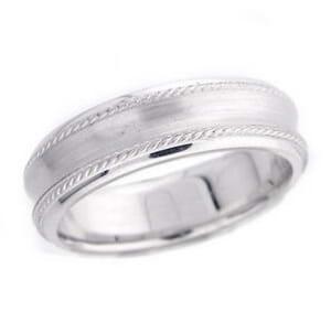 4832 - 6 Mm  Wedding Ring 8.6 Grams