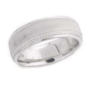 4842 - 7 Mm  Wedding Ring 11 Grams