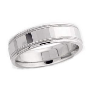 4877 - 6 Mm  Wedding Ring 9 Grams