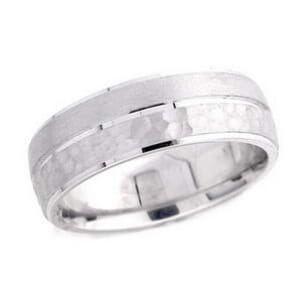 4932 - 7 Mm  Wedding Ring 9.9 Grams