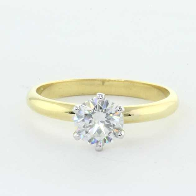 18K Yellow Gold Set With 0.91 Carat Round Diamond I Colour SI2 Clarity GIA Certified
