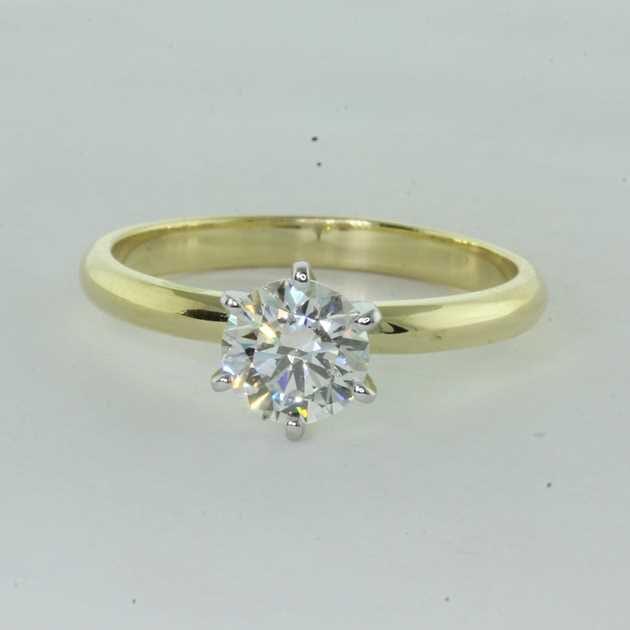 1.00 carat yellow gold ring