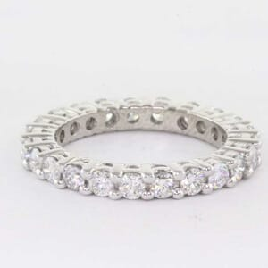 5365 - round brilliant diamond eternity ring