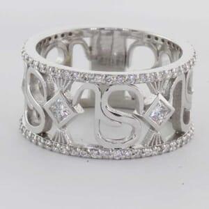 5457 - bold diamond ring
