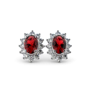 5565 - Oval Granet Oval Stud Earrings With Diamonds