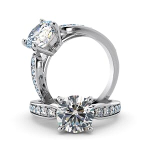 5655 - Round Diamond Diamond Ring With Channel Set Band