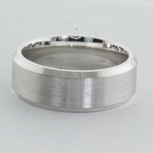 6376 - 7mm. wedding ring with shaped beveled edge