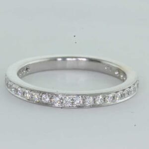 6401 - round brilliant diamond wedding ring