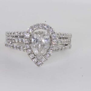 6430 - Simply Stunning Diamond Ring