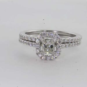 6431 - Double Diamond Band Stunning Ring