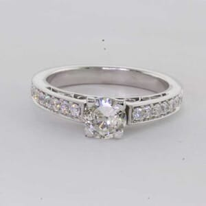 6433 - Patterned Diamond Ring