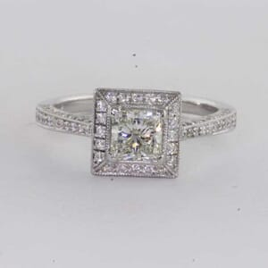 6444 - Bold sparkling Diamond Ring