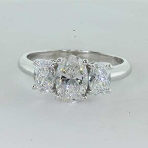 7235 - Oval Three Stones Engagement Setting