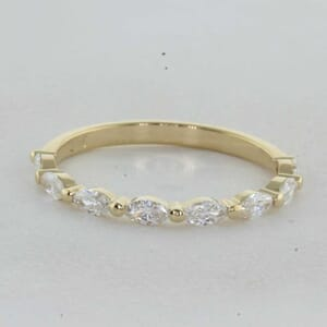 7321 - Yellow Gold Shared Prongs Marquise Diamonds Ring