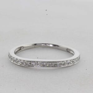 7341 - Curved diamond wedding ring with fine milgrain finish